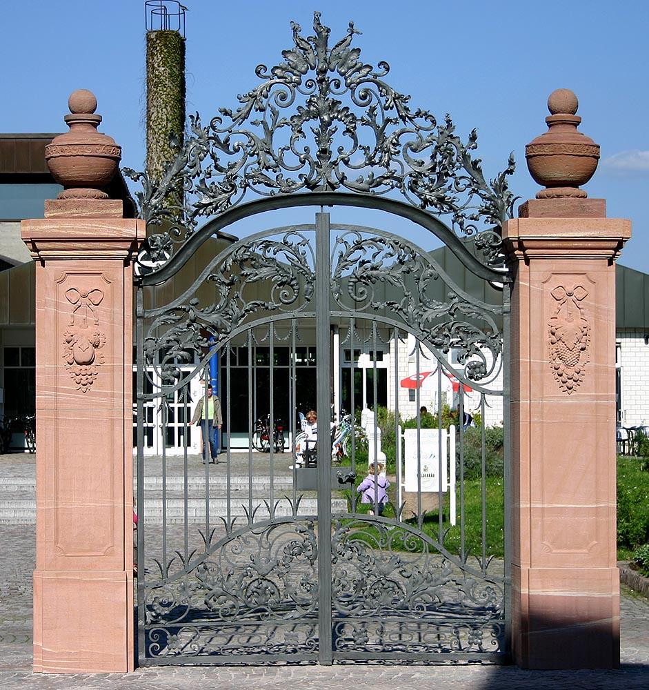 Portalpfeiler, Neckarhausen